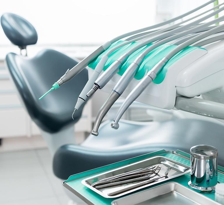 fotel iinstrumenty stomatologiczne
